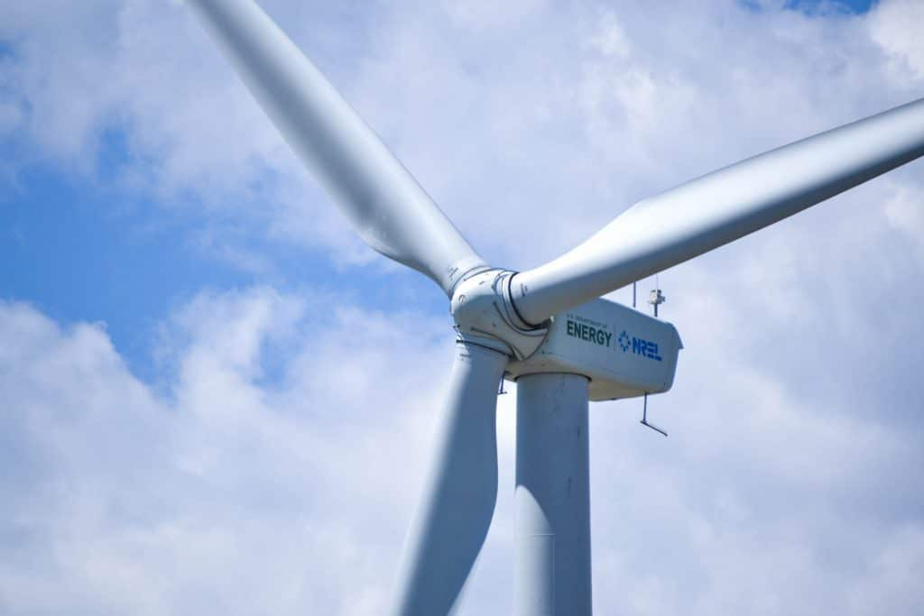 5 Renewable Energy Careers in High Demand